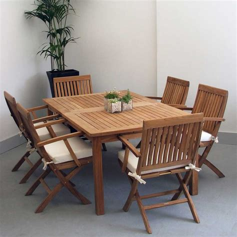 contemporary and extending table design