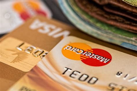 What credit card has the lowest interest rate in canada. Why Do Student Loans Have Low Interest Rates, But Credit Cards Have High Interest Rates? - The ...