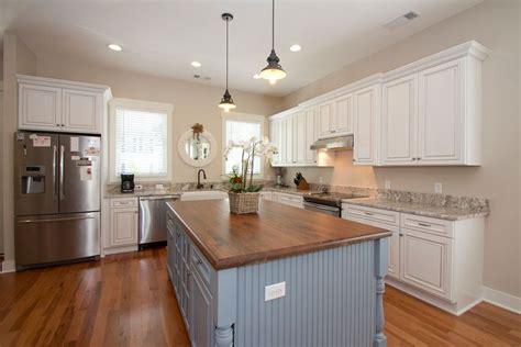kitchen countertops island 25 cottage kitchen ideas design pictures designing idea 4321