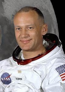 File:Buzz Aldrin (Apollo 11).jpg - Wikimedia Commons