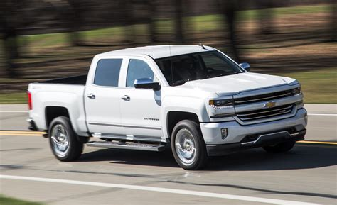 Home Reviews Chevrolet Silverado 1500 2018