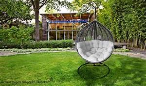 Fauteuil Jardin Suspendu : fauteuil suspendu de luxe en r sine tress e gris et blanc cocoon ~ Teatrodelosmanantiales.com Idées de Décoration