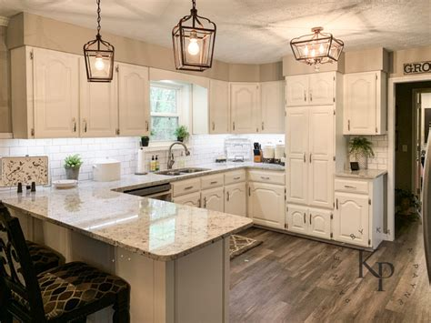 Kitchen Cabinets Images by Kitchen Cabinets In Alabaster Painted By Payne