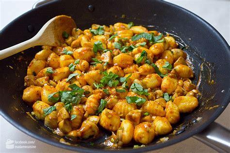 norbert cuisine gnocchi in basilikum tomaten butter madame cuisine