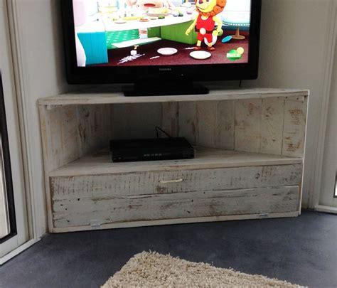meuble tele en coin 17 meilleures id 233 es 224 propos de meubles d angle sur