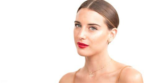 Behati Prinsloo Makeup