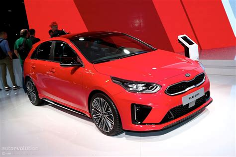 Kia Pro Ceed Gt 2019 by 2019 Kia Ceed Gt Line Tries To Look Fast