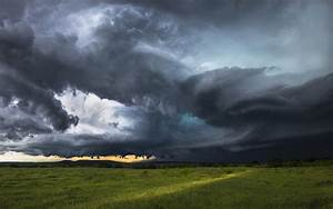Storm clouds over rural Texas | HD Wallpapers