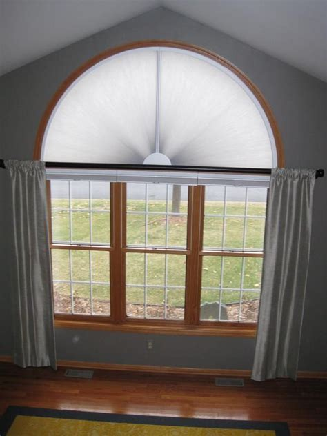 Arch Window Coverings by Best 25 Arched Window Coverings Ideas On