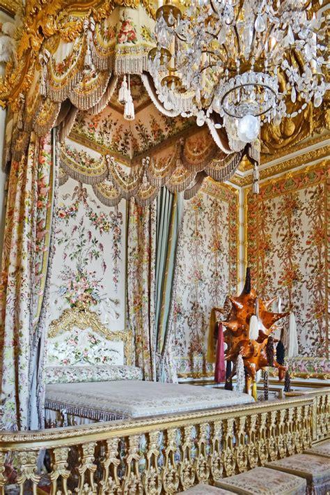 chambre versailles file la chambre de la reine et lart contemporain