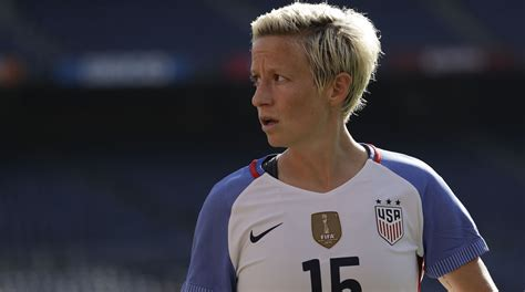 megan rapinoe seattle reign fc kansas city players skip