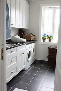 Nice and cleanmaybe black tile for foyer thru to laundry for Grey tile laundry room