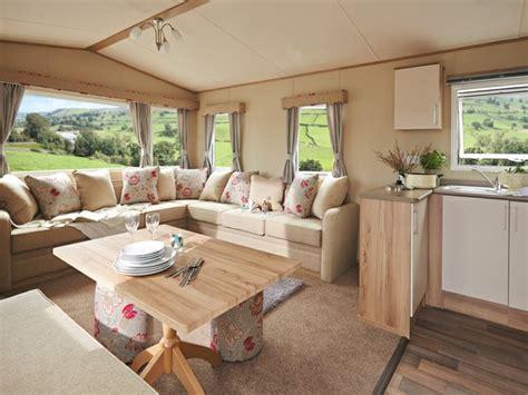 meuble cuisine caravane intérieur de caravane comment l 39 aménager