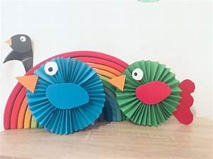 Vögel Basteln Zum Aufhängen : bunte v gel aus papier falten basteln mit kindern der familienblog f r kreative eltern ~ A.2002-acura-tl-radio.info Haus und Dekorationen
