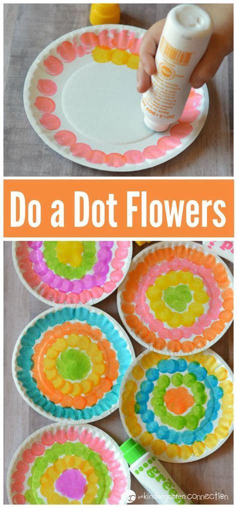 best 25 flower crafts ideas on 231 | 132ce1e6b3bce3af59aadf3a9be76378 flower crafts kids flower art projects for kids preschool