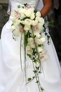 fleurs pour mariage bouquet de fleurs pour la mariée pepinierelelann pépinières vente d 39 arbustes plantes vertes en