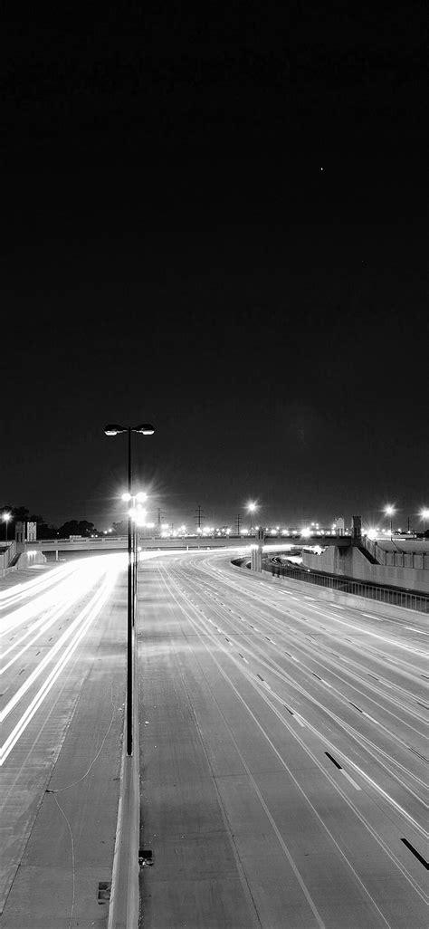 mv road street city night car lights dark bw wallpaper