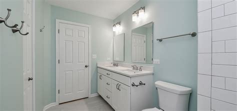 painting bathroom walls ideas the paint guide for choosing the trim