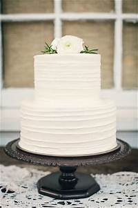 40+ Elegant and Simple White Wedding Cakes Ideas - Page 3