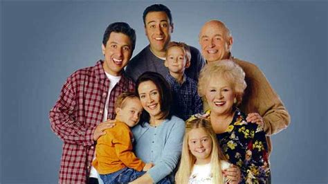 everybody raymond cast everybody loves raymond classic tv database
