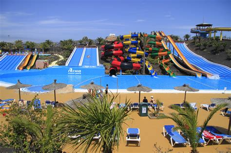 lockers kids acua water park in corralejo fuerteventura