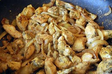 recette de cuisine au wok recette de wok de poulet au basilic