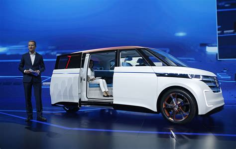 volkswagen budd   electric microbus concept chicago