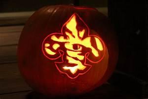 Soo, Coco, Pumpkin, Carving