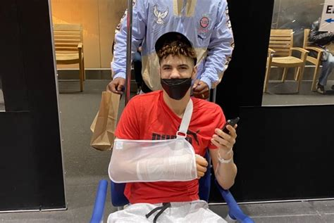 LaMelo Ball Took to IG Live Following Wrist Surgery ...