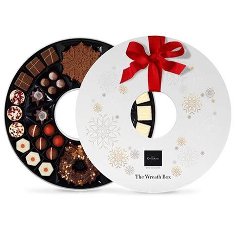 day  hotel chocolat christmas wreath box retro chick