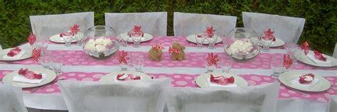idees de decoration de table  de salle pour  bapteme