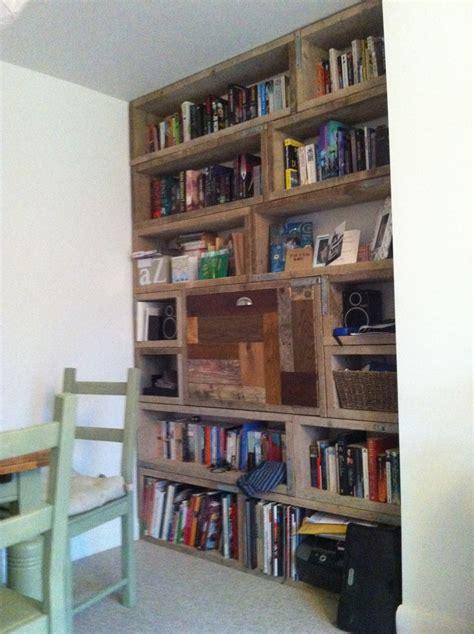 scaffold board bookcase diy shelves pinterest