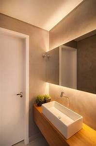 Led Beleuchtung Badezimmer : die besten 25 indirekte beleuchtung ideen auf pinterest led deckenleuchten led leiste und ~ Markanthonyermac.com Haus und Dekorationen