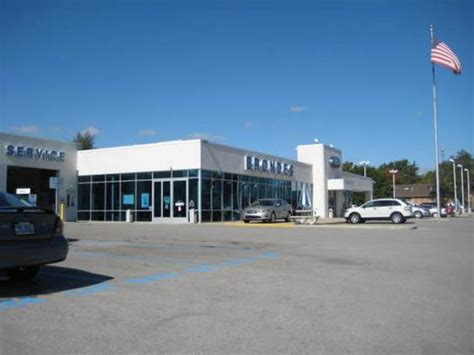 Brondes Ford Toledo car dealership in Toledo, OH 43623