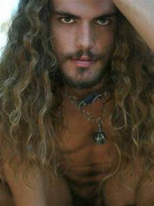 Long Curly Hairstyles for Men 2013   Mens Hairstyles 2018