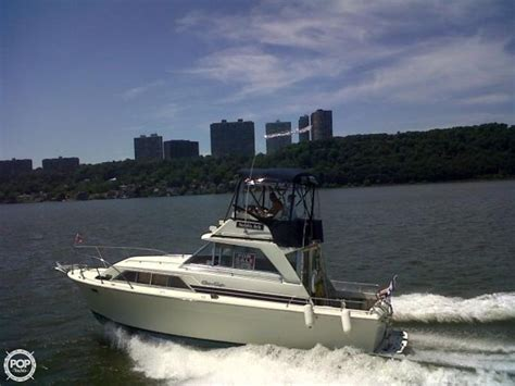 Chris Craft Type Boats by 1977 Used Chris Craft 36 Commander Sports Fishing Boat For