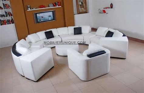 canapé lit rond canapé d 39 angle en cuir italien en rond design et pas cher