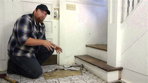 Removing Bathroom Floor Tiles by How To Remove Tile From A Hardwood Floor Flooring