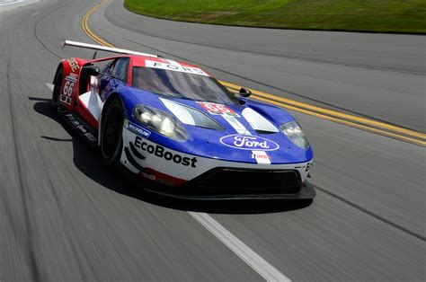 The New Ford Gt Goes Racing