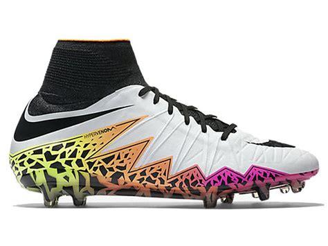 1000 id 233 es sur le th 232 me chaussures de football sur chaussures 224 crons crons