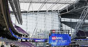 A call for curtains at U.S. Bank Stadium – Finance & Commerce