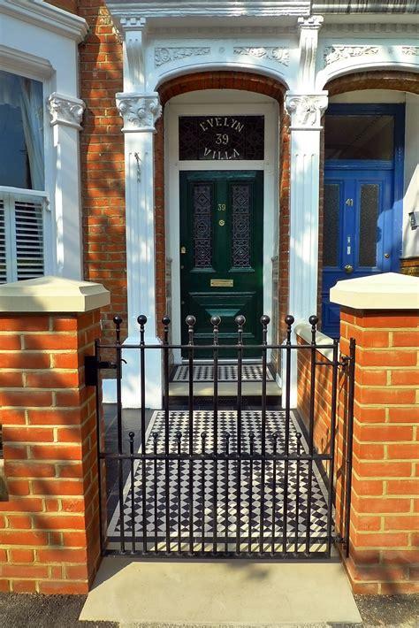 clapham balham victorian mosaic tile path black  white