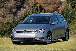 Volkswagen Golf 2018 : 2018 volkswagen golf hatchback fun for everyone review the fast lane car ~ Melissatoandfro.com Idées de Décoration