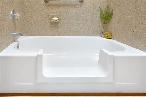 tub step today s home remodeler television show features miracle