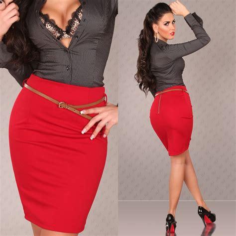 parure de bureau en cuir jupe crayon femme tendance avec ceinture cathy couleur