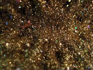 Black And Gold Wallpaper Tumblr 17 Hd Wallpaper ...