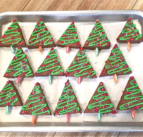 craft rookie brownie christmas trees with hotel pan