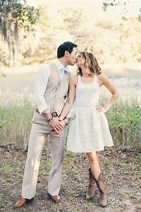 7 tips to help you have a country western themed wedding With dresses to wear with cowboy boots to a wedding