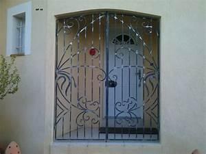 Barreau Securite Fenetre : porte en fer forge maison pinterest porte en fer ~ Premium-room.com Idées de Décoration