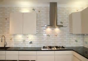 Glass Tile Backsplash Ideas Pictures by White Subway Tile Kitchen Ifresh Design